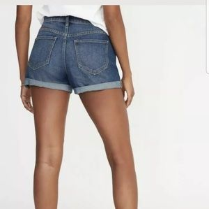 Old Navy Size 14 Mid Rise Cuffed Jean Short